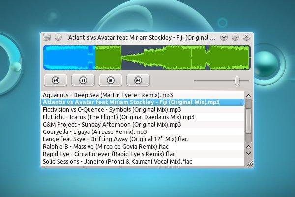 Nulloy 0.1, KDE 4.6, Native Skin