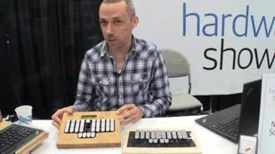Type 225 Words per Minute with a Stenographic Keyboard (Video)