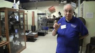 Tour the Vintage Radio and Communications Museum - Part Two (Video)